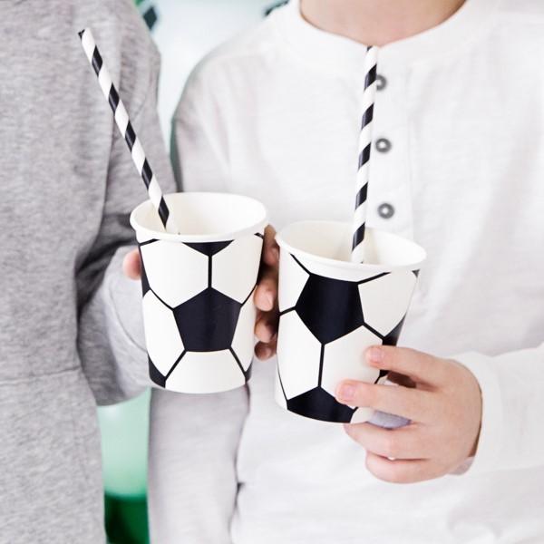 Kubeczki papierowe Piłka nożna 220ml 6szt
